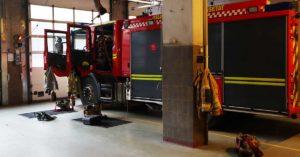 brannbil klargjort for oppdrag